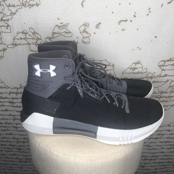Under Armour Size 11 Black Gray High Top Sneakers
